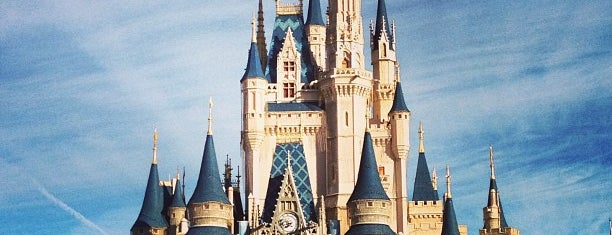 Cinderella Castle is one of USA Orlando.