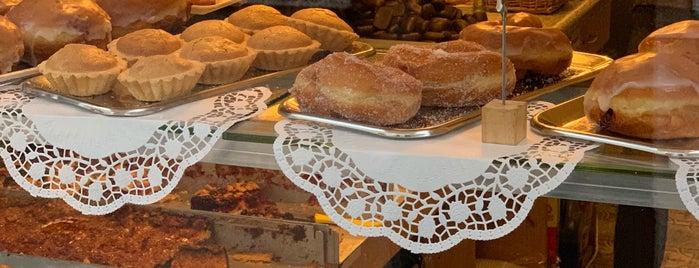 Balzer Bäckerei & Konditorei is one of Berlin Tasty Food.
