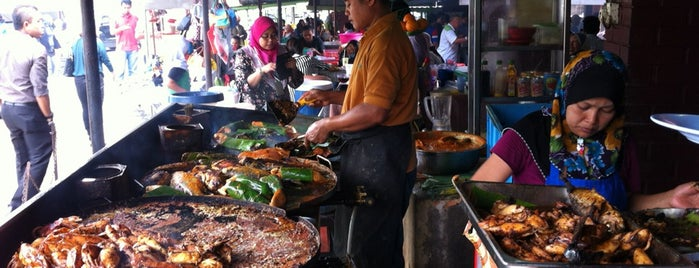 Medan Ikan Bakar Bellamy is one of Orte, die Rahmat gefallen.