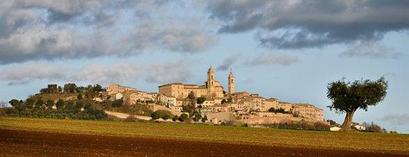 Montecosaro is one of Gioielli d'Italia.
