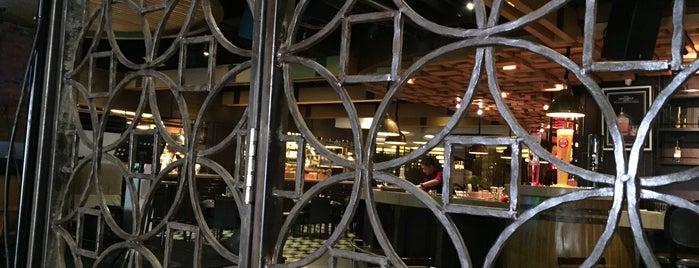 Portable Kitchen & Lounge is one of Posti che sono piaciuti a Togi.