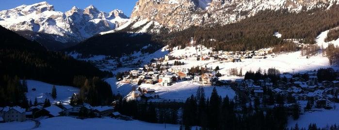 La Villa is one of Ski & Chalet.