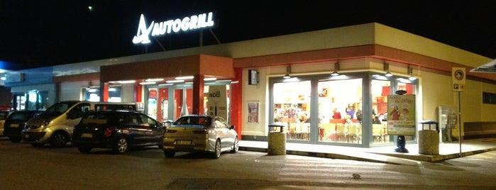 Area di Servizio Tortoreto Ovest is one of Alexさんのお気に入りスポット.