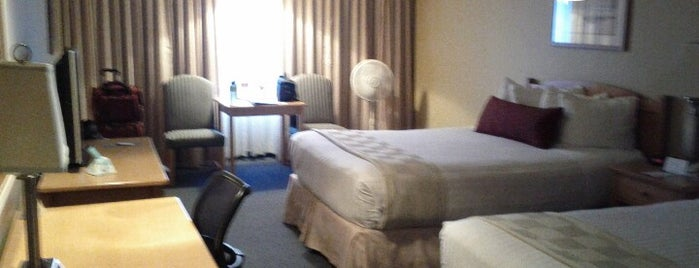 Best Western Plus Ocean View Resort is one of Andrewさんのお気に入りスポット.