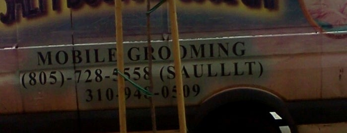 Salty Dog and Cool Cat Mobile Groomers is one of Los Angeles.