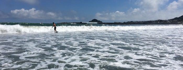 横渚海岸 is one of 日本の渚百選.