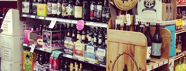 Gary's Liquors is one of Orte, die Pablo gefallen.