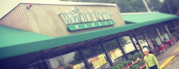 Whole Foods Market is one of Mike : понравившиеся места.