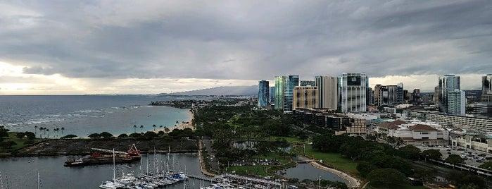 Prince Waikiki is one of Locais curtidos por Ailie.