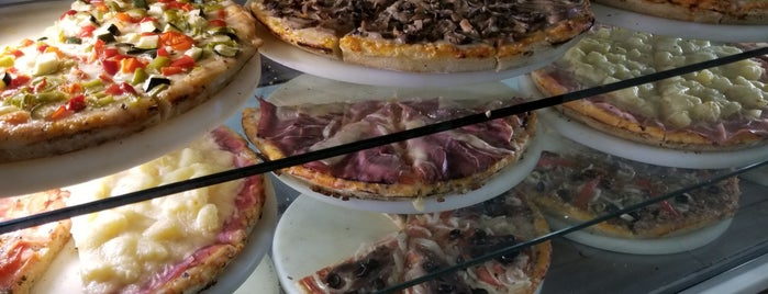 La Pizza del Pecado is one of Tempat yang Disukai jordi.