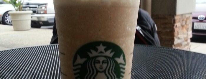 Starbucks is one of Locais curtidos por Karen.