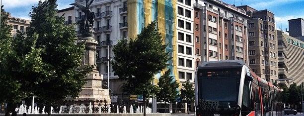 Plaza de España is one of Eduardo'nun Beğendiği Mekanlar.
