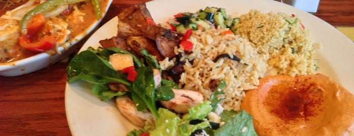 Fadi's Mediterranean Grill is one of Locais curtidos por Michael.