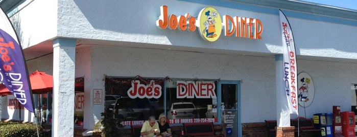 Joe's Diner is one of Naples.