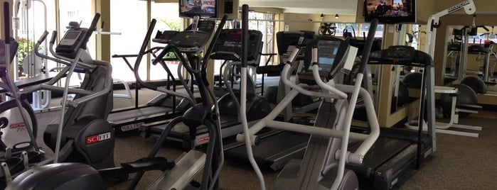Gym @ Woodcliff Apts is one of Lugares favoritos de Tiffany.