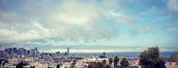 Mission Dolores Park is one of #adventureSF.