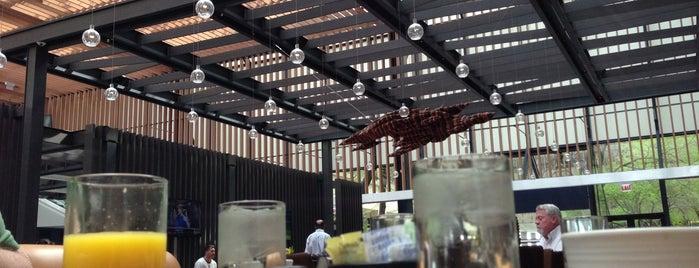 American Craft Kitchen & Bar is one of สถานที่ที่ Diana ถูกใจ.