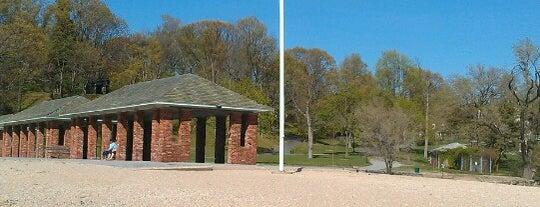 Morgan Memorial Park is one of Orte, die Alicia gefallen.
