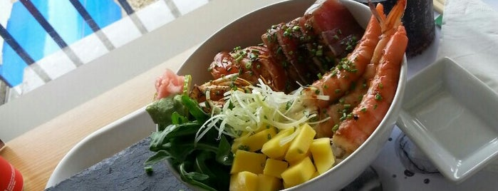 Chirashi is one of Best Japanese Restaurants in Portugal.