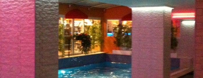 Caroline Fitness Club is one of Locais curtidos por Beril.