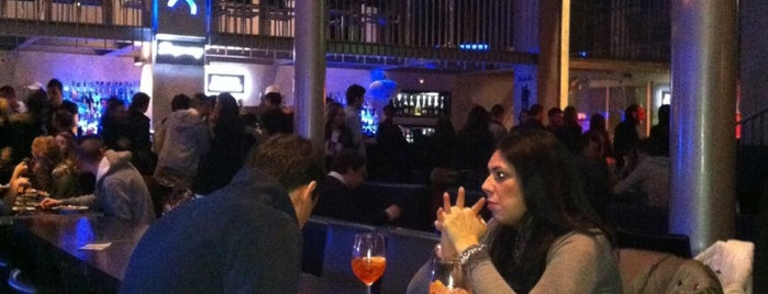 Exotic Restaurant & Lounge Bar is one of Milano.