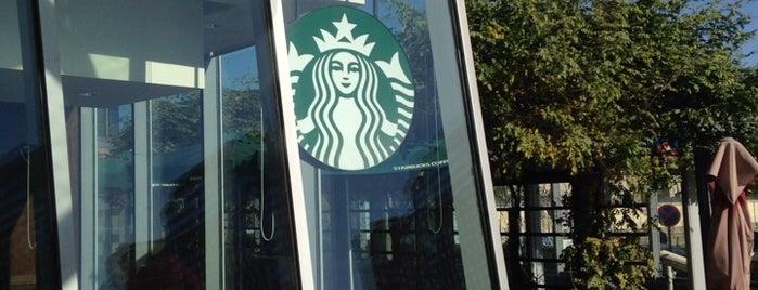 Starbucks is one of 🇨🇳 Beijing: Work-friendly Cafés.