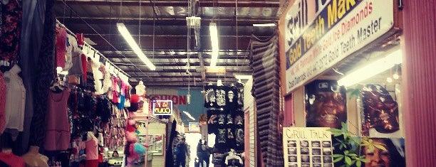 Del Amo Plaza Indoor Swapmeet is one of Posti che sono piaciuti a Coco.