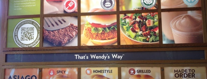 Wendy's is one of Locais curtidos por خورخ دانيال.