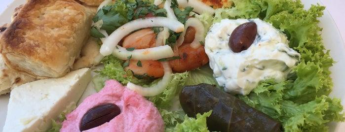 Restaurant Creta is one of Lugares favoritos de Vaidotas.