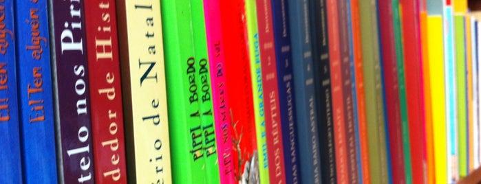 Livraria Nove Sete is one of 200 programas para fazer em SP.