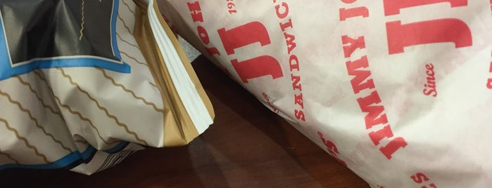 Jimmy John's is one of Lugares favoritos de Steve.