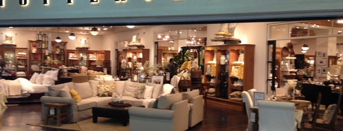 Pottery Barn is one of Posti salvati di Queen.