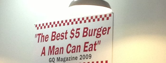 Five Guys is one of Lugares favoritos de Aptraveler.