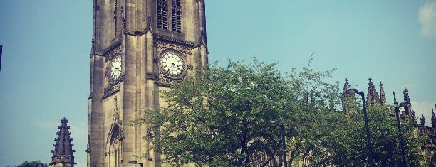 Manchester Cathedral is one of Tempat yang Disukai Carl.
