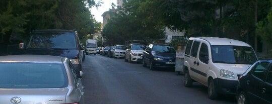 Bostan Tüccarı Sokak is one of Free parking lots of Istanbul.