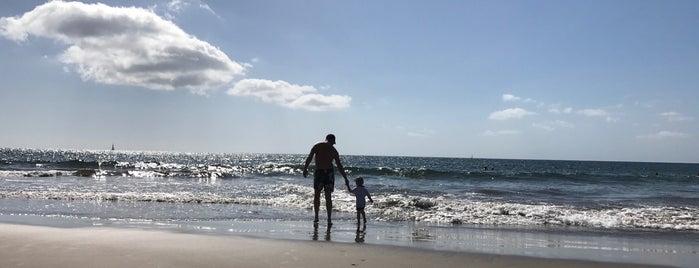Playa de Montaña la Arena is one of Playas nudistas.