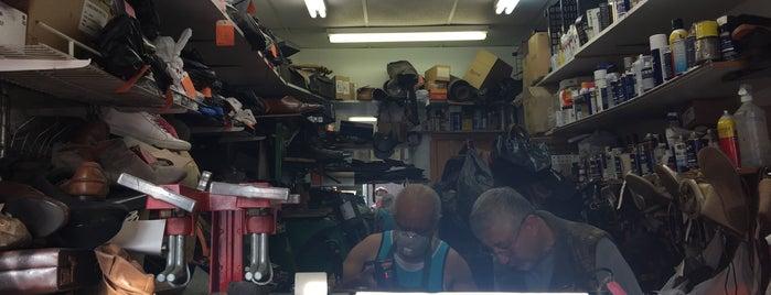 Boris' Shoe Repair is one of Orte, die Sasha gefallen.