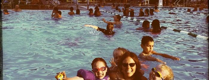 Devonshire Pool is one of Tempat yang Disukai Erik.
