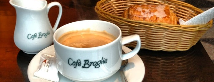 Le Café Broglie is one of Eu.