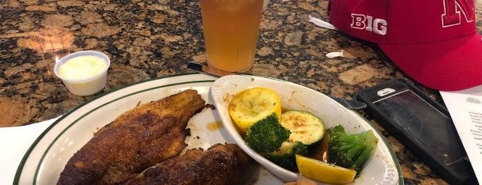 Floyds Cajun Seafood is one of สถานที่ที่บันทึกไว้ของ rodney.