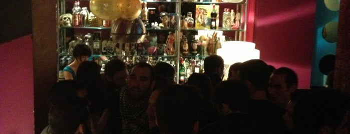 El Fabuloso Club is one of Malasaña Afterworks & Rest.