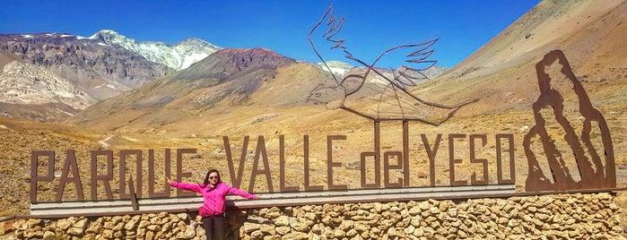 Parque Nacional Valle del Yeso is one of สถานที่ที่ Rocio ถูกใจ.