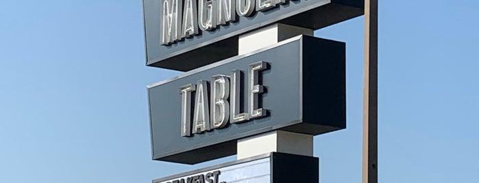 Magnolia Table is one of Orte, die Dianey gefallen.