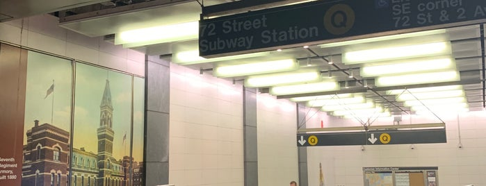 MTA Subway - 72nd St (Q) is one of Tempat yang Disukai Mark.
