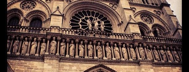 Catedral de Notre-Dame de Paris is one of Where, When & Who List-1!.