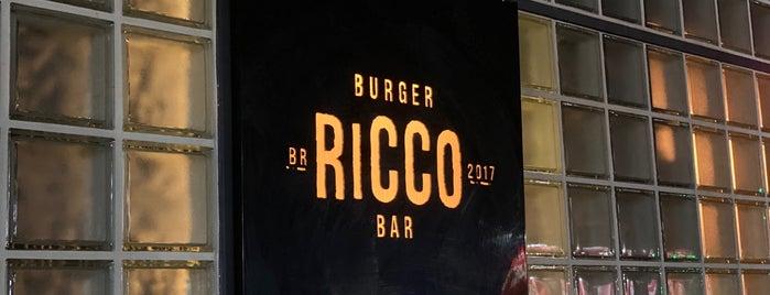 Ricco Burger is one of Posti che sono piaciuti a Mariana.