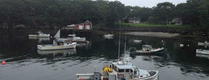Shaw's Fish and Lobster Wharf is one of Maine.