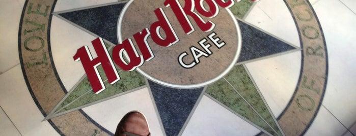 Hard Rock Cafe Bahrain is one of Gespeicherte Orte von Majd.