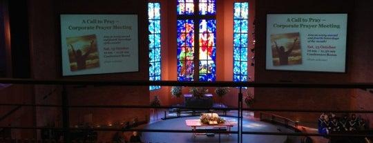 Paya Lebar Methodist Church is one of Lugares favoritos de Joyce.