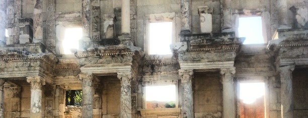 Library of Celsus is one of Tempat yang Disukai Seda.